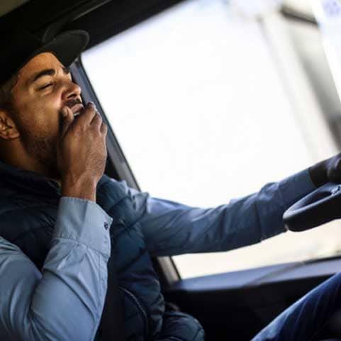خواب آلودگی رانندگان جاده